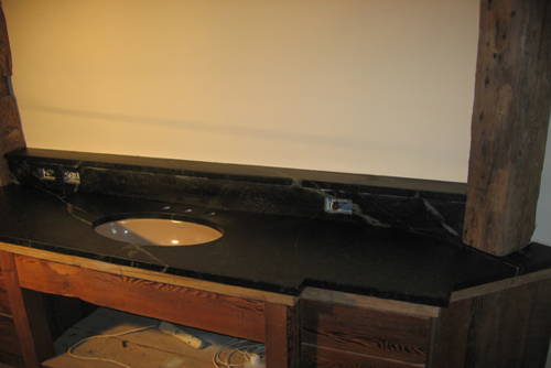 Comparison of soapstone and porcelain vanity sinks