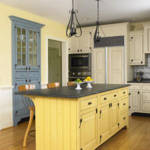 Timeless Gladwyne Kitchen02