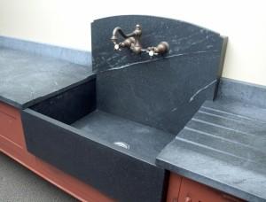 High backsplash sink