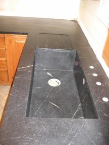 Undermounted soapstone sink