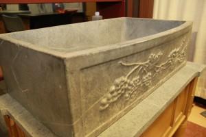 Sink - Grape Carving